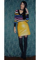 gold leather mini Wilson Leather skirt - vintage sweater