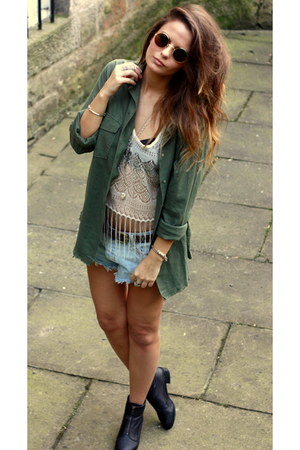 insight shirt - topshop boots - insight shorts - hm top