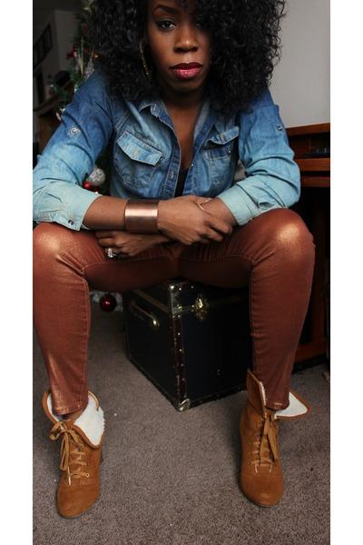 bronze metallic jeans - blue top - tawny bootie wedges