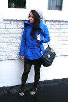 black leggings - blue jacket - black bag - silver shoes - silver hat