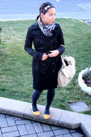 black jacket - heather gray tights - mustard shoes - beige - heather gray access