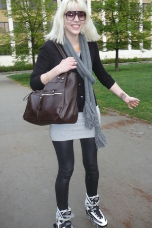 Bershka leggings - Vero Moda dress - Zara scarf
