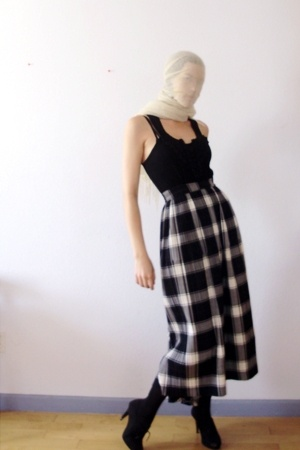 Tibetan cashmere shawl scarf - Wet Seal top - Issey Miyake skirt - H&amp;M tights - 