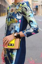 blue dress - light yellow bag