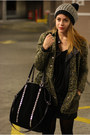 Black-forever-21-hat-army-green-forever-21-jacket-black-zara-bag
