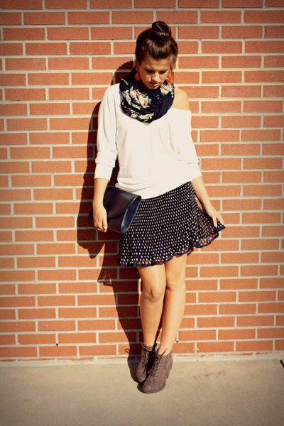 polka dot navy Forever 21 skirt - white Forever 21 sweater