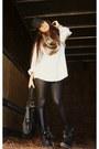 Black-target-boots-black-fedora-rue-21-hat