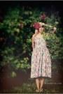 Cream-spirit-shoes-bubble-gum-thrifted-vintage-dress