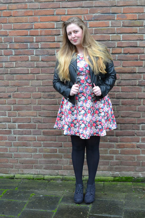Schoenenreus shoes - Primark dress - H&M jacket