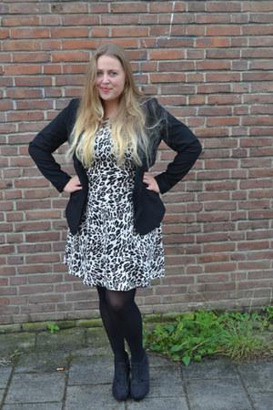 H&M dress - Schoenenreus shoes - H&M blazer
