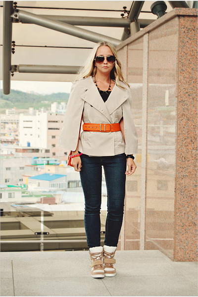 tan Miss Nabi sneakers - light orange Miss Nabi bag