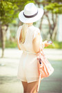 Light-pink-oasap-bag-yellow-awwdore-necklace-peach-inlovewithfashion-suit