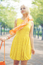 Light-yellow-asos-dress-orange-miss-nabi-bag-neutral-oasap-heels