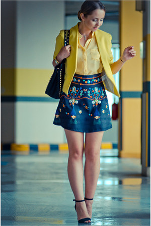 navy BangGood skirt - yellow vivilli blazer - black Chicwish bag