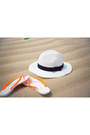 White-jcrew-hat-black-ray-ban-sunglasses-salmon-plumeria-swimwear