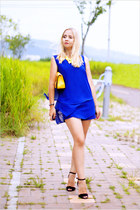 blue Forever 21 shorts - yellow OASAP bag - black Zara heels