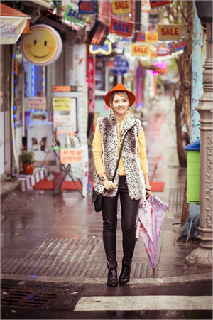 red H&amp;M hat - black OASAP boots - black romwe pants - light yellow nowIStyle top