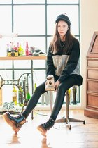 black yubsshop boots - black yubsshop jeans - black knit cap yubsshop hat