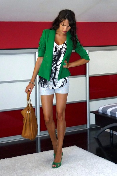 green Zara blazer - tawny Michael Kors bag - off white Zara shorts