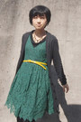 Forest-green-lace-zara-dress-yellow-jcrew-belt-dark-gray-topshop-cardigan