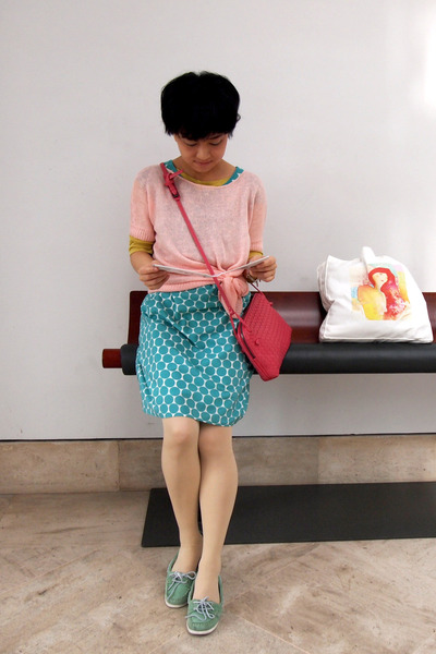 turquoise blue polka dots from japan dress - light pink Theory sweater