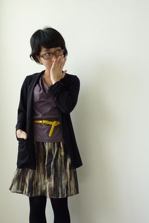 yellow JCrew belt - black Uniqlo blazer - H&M skirt - black tights