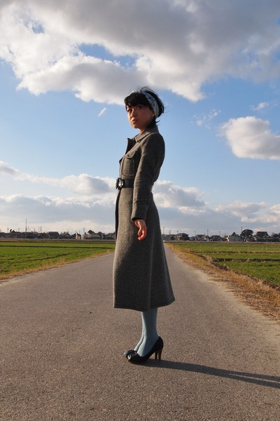 black vintage coat - light blue laura ashley london tights