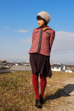 red tweed jacket - dark brown shoes - beige beret hat - red tights