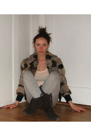 brown vintagen jacket - brown Esprit boots - gray Sisley leggings - beige Guess