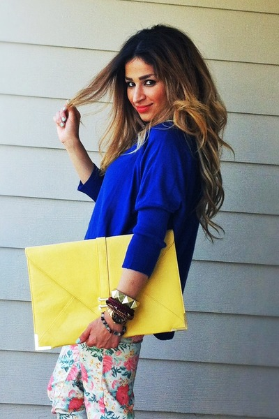 Blue-color-blocking-zara-heels-blue-oversized-romwe-sweater-yellow-asos-bag_400