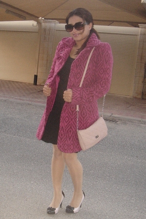brown H&M dress - pink vintage coat - pink Stradivaroius purse - pink Newlook sh