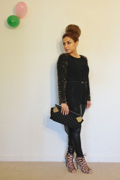 black Forever 21 leggings - black Moni & J purse - tan Zara heels