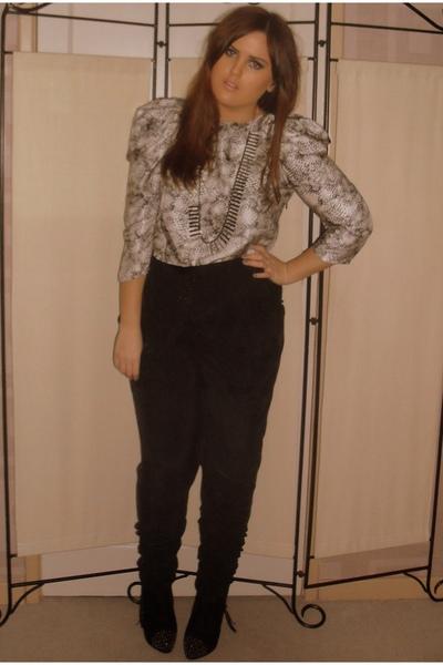 black Topshop pants - black Topshop boots - gray warehouse necklace