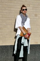 white white oversized H&M t-shirt - JCrew scarf - camel Clare Vivier purse