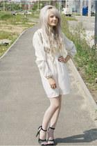 black gray-white Ross heels - white thrifted dress