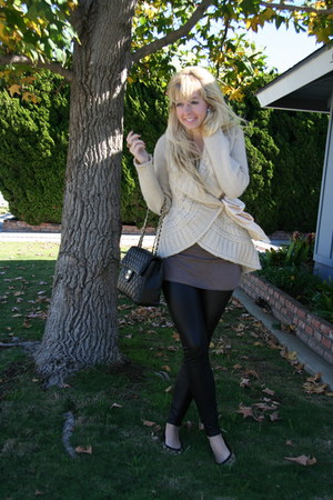 black Forever 21 leggings - beige Forever 21 sweater - light brown coach shoes -