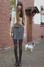 Black-asos-tights-turquoise-blue-villa-skirt-beige-cos-blouse