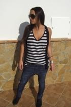Bershka jeans - pull&bear top - H&M shoes - Zara vest