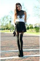 white Nasty Gal top - black crossbody H&M bag