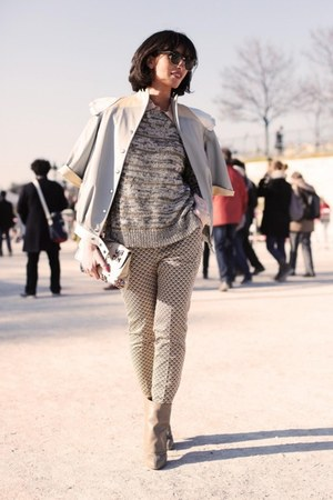 Giuzeppe Zanotti boots - Valentine Gaultier jacket - Stella McCartney bag
