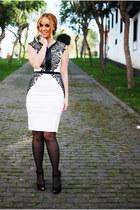 ivory Little Mistress vest - black Zara heels