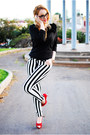 Black-nowistyle-sweater-black-suiteblanco-pants-brick-red-plaza-chueca-heels