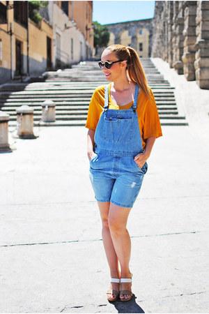 blue Zara jeans - black H&M sunglasses - white cserrano sandals