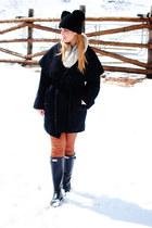 black Hunter boots - black Zara coat - tawny Zara pants