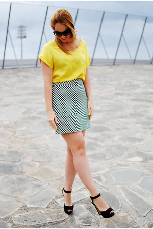 black Zara skirt - black Prada glasses - yellow Mango blouse