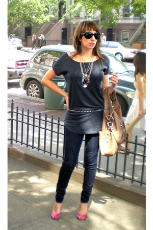 H&amp;M t-shirt - Thrift Store necklace - Express belt - Uniqlo jeans - BCBGgirls sh