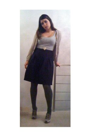 silver H&M top - beige H&M sweater - blue benetton skirt - gray Calzedonia tight