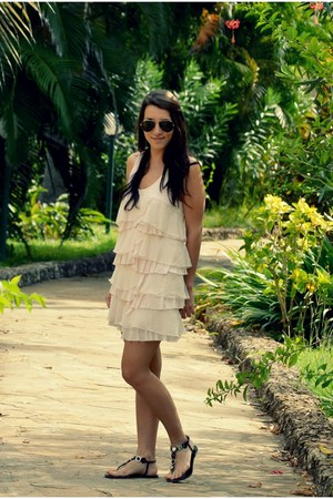 H&M dress - Ray Ban sunglasses