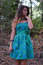 dark green Zara dress