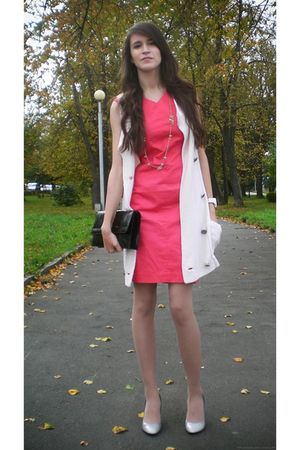 red Club Monaco dress - white Club Monaco cardigan - silver Guess shoes - black